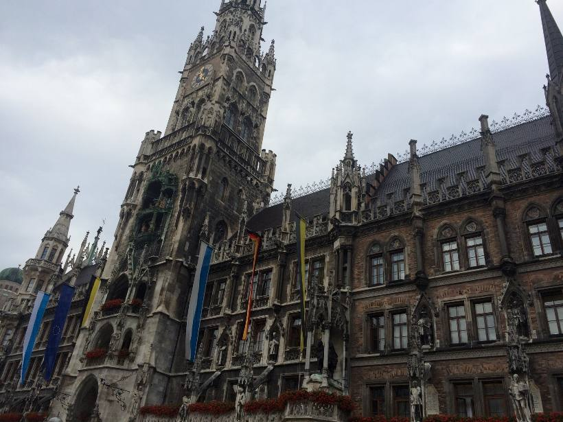 Marienplatz Munich with Contiki